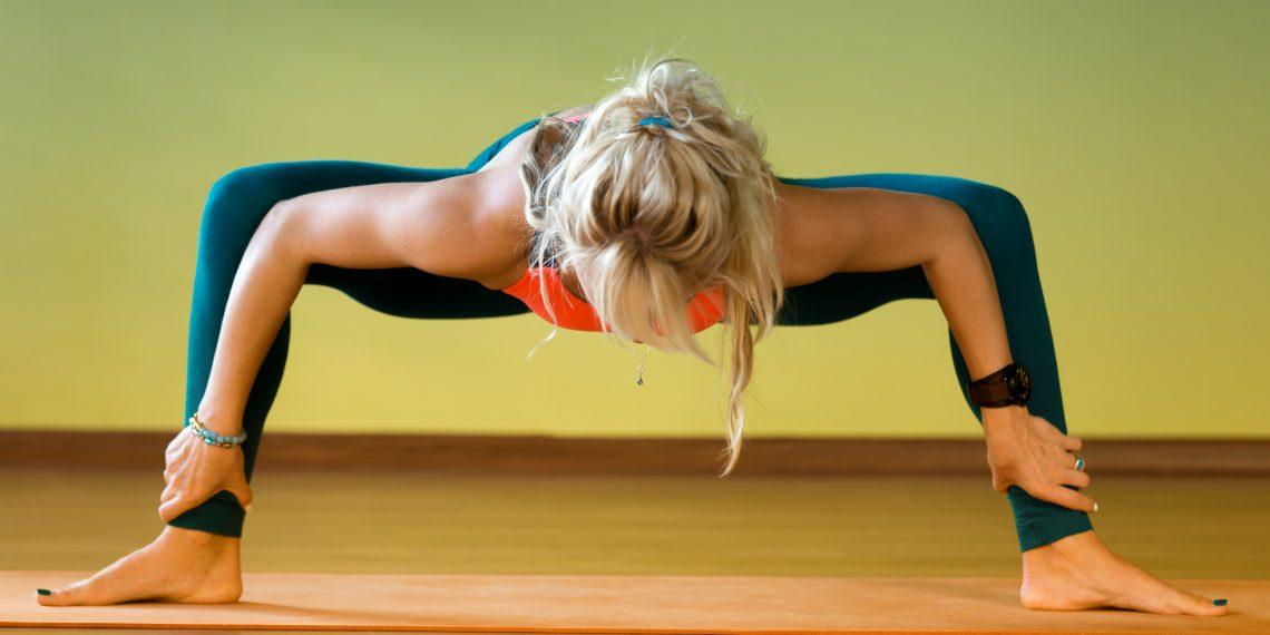 Упражнения по йоге